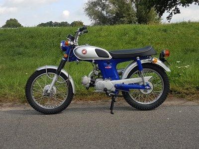 Honda CL50 Japans, volledig gerestaureerd!