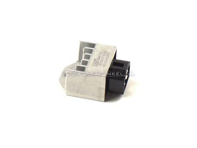 Régulateur de tension, batterie 12v 4 pôles et éclairage A-Choice